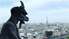 ▲巴黎聖母堂屋頂奇幻鳥獸。(圖/三立新聞網讀者提供)