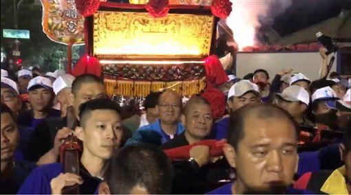 大甲媽鑾轎抵達台中市議長張清照清水服務處/翻攝自議長張清照臉書