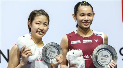 戴資穎(右)今年目標是2020東京奧運積分及世羽球錦標賽。(圖/翻攝自BWF官網)