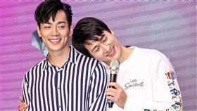 禾浩辰、邵翔兩人在殺青酒會上互吐愛意。(圖/記者林士傑攝影)