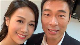 黃心穎曾在去年與許志安對唱。(圖/翻攝自黃心穎微博)