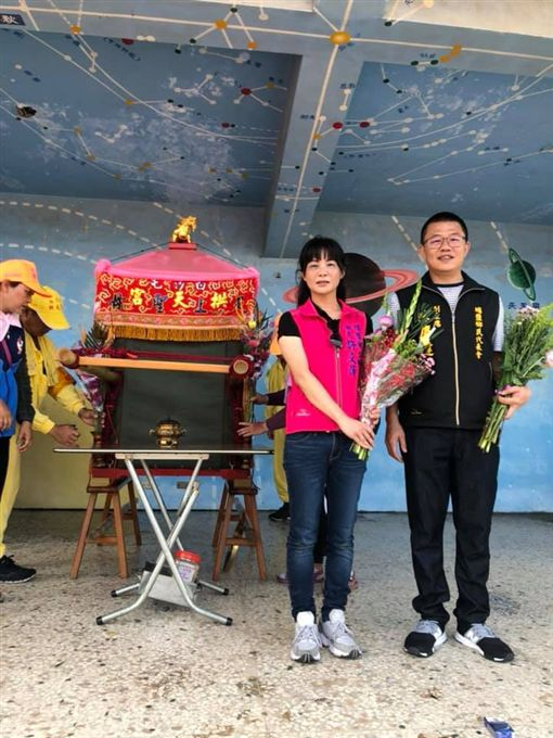 女鄉長許文萍救人白沙屯媽遶路找她/翻攝自許文萍臉書