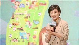 巴黎聖母院遭祝融肆虐,文化部長鄭麗君(圖)17日在台北出席世界閱讀日活動,會後接受媒體訪問表示,台灣與法國同感悲傷,對於文化資產保護,過去2年多來檢討文資法,預計9月提出修法草案。中央社記者裴禛攝 108年4月17日