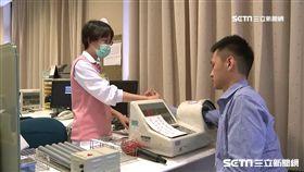 -健康檢查-量血壓-