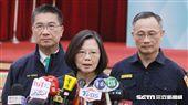 蔡英文總統18日出席「全國新式警便服換裝典禮」會後受訪。(圖/記者邱榮吉攝)