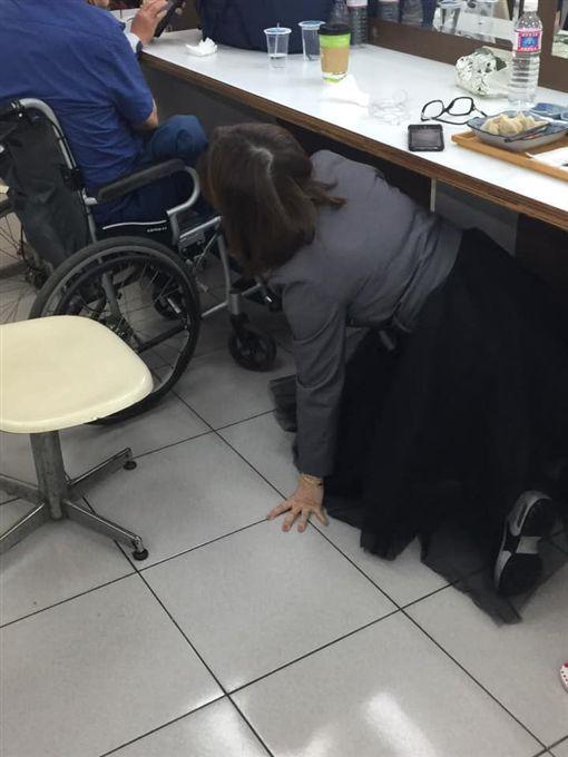 王彩樺、地震、阿吉仔。(圖/王彩樺臉書)