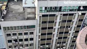 台北,長安東路,大樓,傾斜,疏散(圖/記者 呂品逸攝)