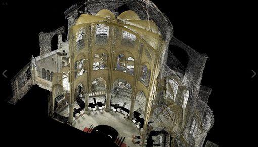 透過3D雷射掃描,泰隆揭露出建築師的決定,和過去不為人知的聖母院建築特徵。(圖/翻攝自官網)
