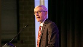 美國威州州長Tony Evers。(圖/翻攝自Governor Tony Evers twitter)