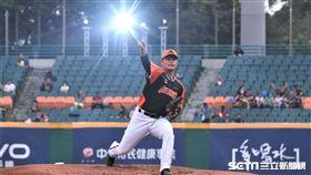 統一獅投手潘威倫。(圖/記者王怡翔攝影)