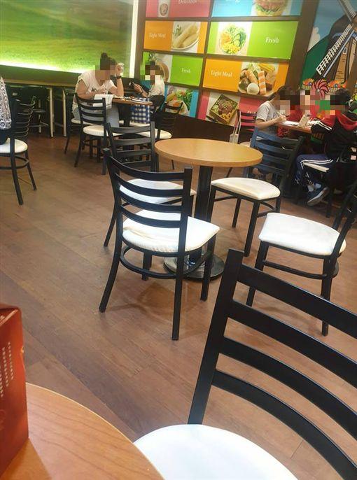 超商用餐區被當K書中心/爆廢公社