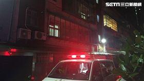 家人報案男子欲輕生,警消破門驚見2學童陳屍屋內。(圖/翻攝畫面)