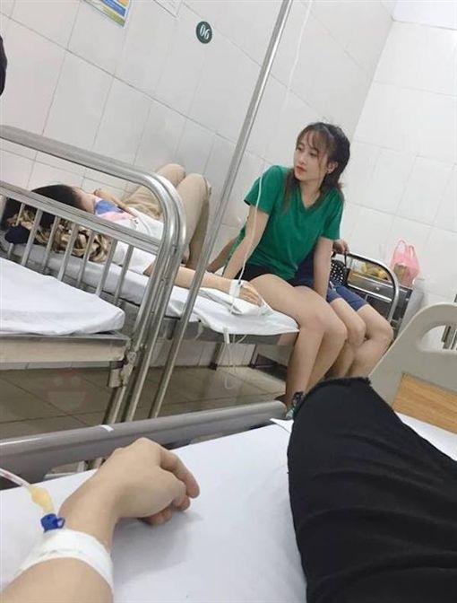 小哥剛割完包皮 傷口因她又爆開(圖/翻攝自臉書)