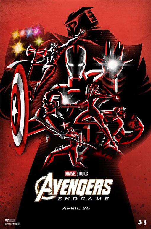 六位復仇者聯盟超級英雄的另兩張帥氣海報。(圖/翻攝自漫威官方推特)