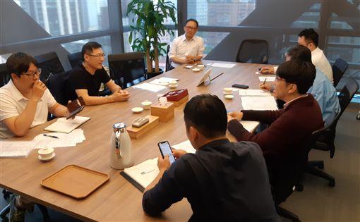 ▲高市運發局與頂新球團會談,並了解球團需求及爭取未來合作空間。(圖/高市運發局提供)