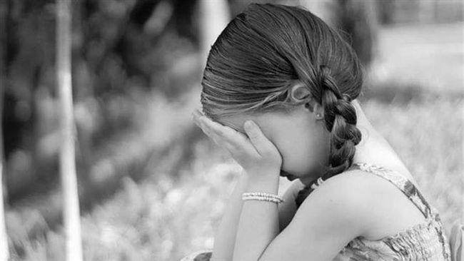 父女失散15年…她開心重逢!一覺醒來 見鬼父趴身上壞壞