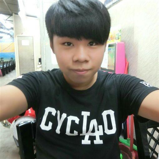 台北市郜姓男子撞死單車騎士,不但加速逃離現場,還找江姓小弟前來頂罪(翻攝臉書)
