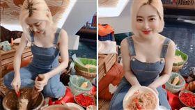 南韓一名DJ「SODA」,擁有甜美臉蛋、雪白肌膚和火辣身材,被封為「亞洲最性感女DJ」,Instagram將近3百萬人追蹤。日前她到泰國參加潑水節,除了大秀「濕身」照,還上空單穿吊帶褲,露出渾圓北半球下廚做菜。影片曝光後,掀起網友熱議,紛紛暴動喊:「快來吃辣雪球!」(圖/翻攝自deejaysodaIG)