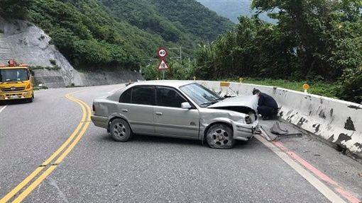 蘇花公路,護欄,花蓮/翻攝臉書《花蓮最速報》