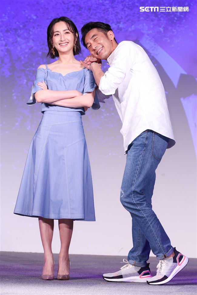 平行時空劇《如果愛,重來》首映會,演員柯佳嬿、李李仁。(記者林士傑/攝影)