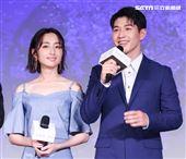 平行時空劇《如果愛,重來》首映會,演員柯佳嬿、吳岳擎。(記者林士傑/攝影)
