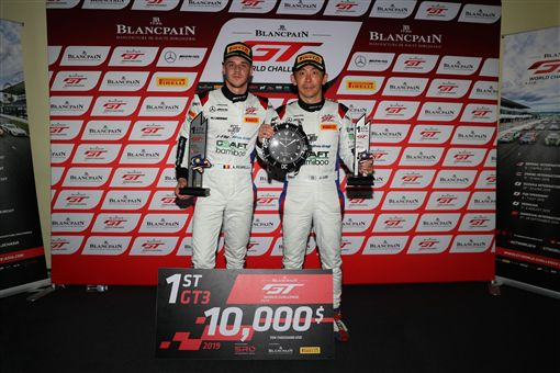 ▲台灣車手李勇德88號賽車奪下首站冠軍。(圖/Mercedes-Benz提供)