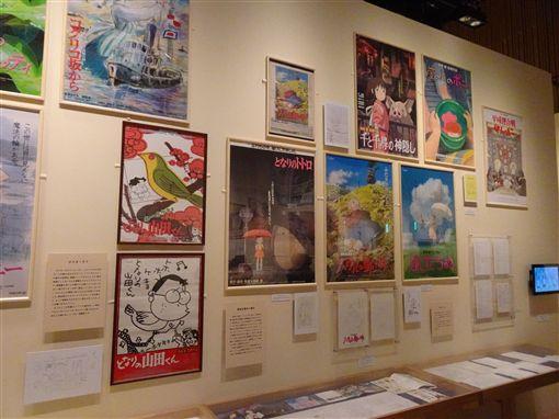 「鈴木敏夫與吉卜力展」是吉卜力暌違3年在東京辦大展,展品豐富多元,包括他鈴木少年到青年期等展品,讓許多人懷念往日時光。中央社記者楊明珠東京攝 108年4月19日