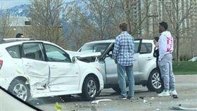 NBA/米契爾遇車禍 暖心救助路人 NBA,季後賽,猶他爵士,Donovan Mitchell 翻攝自推特