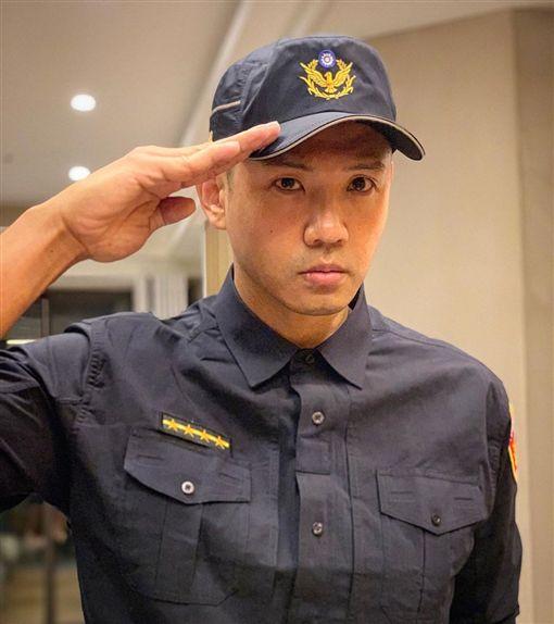 陳建州、反毒宣導親善大使。(圖/臉書)