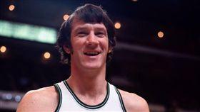 NBA/昨被KD超越 綠軍名宿過世 NBA,波士頓塞爾提克,John Havlicek,過世,總冠軍 翻攝自推特