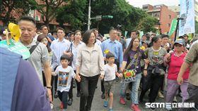 蔡英文總統27日參加廢核遊行。(圖/記者盧素梅攝)