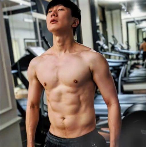 林俊傑,肌肉,健身/微博