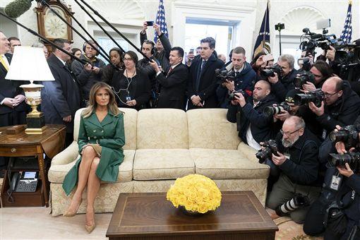 美國第一夫人瑪蓮妮亞(Melania Trump)翻攝白宮推特