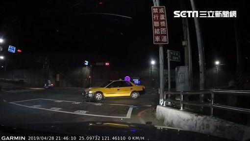 文化大學,計程車,小黃,左轉,蘆洲