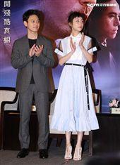 犯罪懸疑大片「亡命之途」演員妻夫木聰、謝欣穎。(記者邱榮吉/攝影)