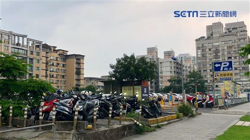 D3最貴停車場。(圖/記者蔡佩蓉攝影)
