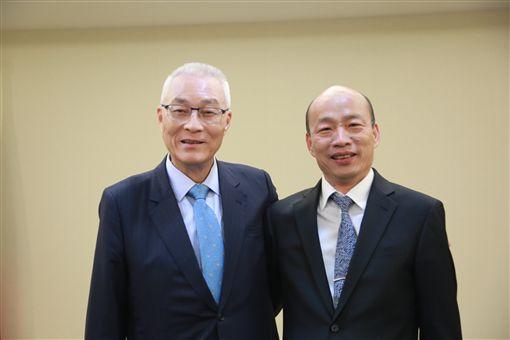 韓國瑜吳敦義會面。