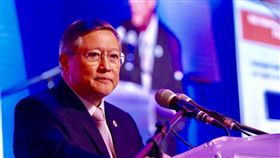 菲財政部長杜明奎下令!5/15前把加國垃圾貨櫃送回去/菲律賓財政部長杜明奎/twitter