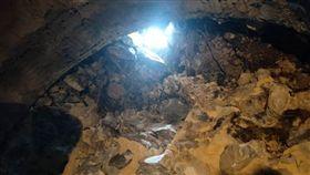 蘇花改仁水隧道 排氣排煙隧道貫通(1)蘇花改八座隧道工程中最後一座的「仁水隧道」的排氣/排煙隧道,28日開挖破鏡出洞。蘇花改工程處表示,如果主隧道的貫通是打開通車的大門,排氣/排煙隧道的破鏡出洞就是打開通車目標的關鍵窗戶。(公路總局提供)中央社記者李先鳳傳真 108年4月30日