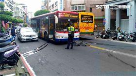 腳踏車,公車,不治,永和,翻攝畫面