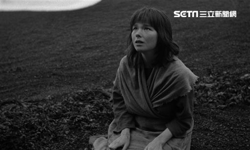 台北電影節「經典重現」,冰島天后碧玉在改編格林童話的《女巫戀人》中獻出首次大銀幕演出。(圖/台北電影節提供)