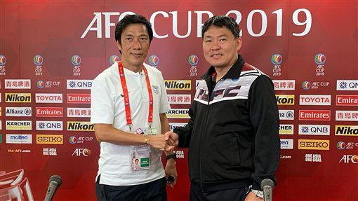 ▲航源FC總教練陳永盛(右)與傑志總教練朱志光。(圖/航源FC提供)