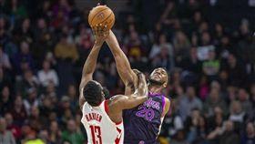 NBA/蓋哈登聞名…他公開防守密技 NBA,季後賽,休士頓火箭,James Harden,後撤步,Josh Okogie 翻攝自推特