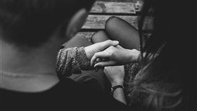 情侶、男女朋友、戀愛示意圖/pixabay