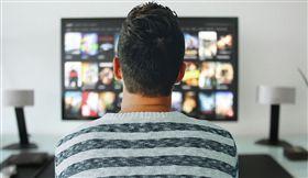 看電視,電視 圖/pixabay