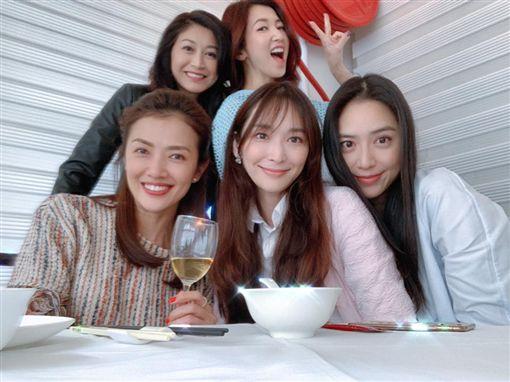 廖家儀、吳佩慈、白歆惠、胡晴雯、賈欣惠/臉書