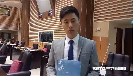 苗栗「工作手札」印有中國大陸國定假日、節日/記者蔡文淵攝