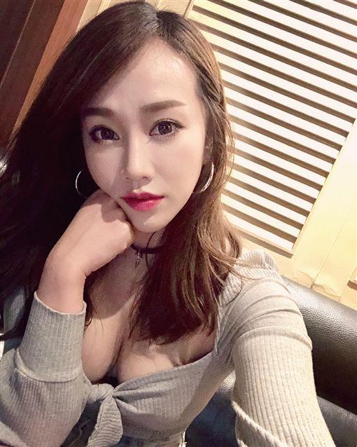 林佩瑤/IG