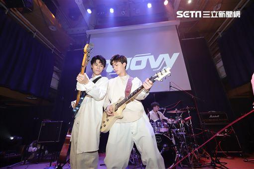 noovy貝斯手JK、吉他手Hank圖/伊林娛樂提供