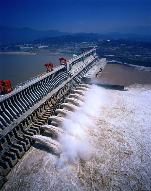 長江三峽大壩是全世界最大的水利工程(圖/喜鴻假期)